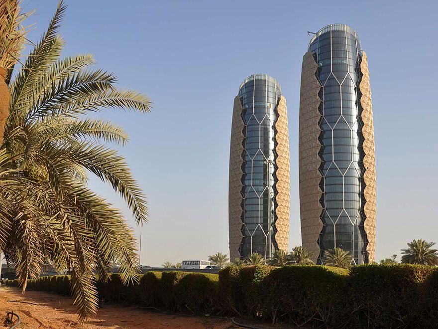 Shape-Shifting Sunshades geometric-sun-shades-al-bahar-towers-abu-dhabi-14