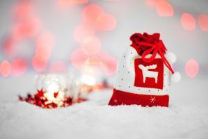Efekty uzyskane przy pomocy śniegu w spray'u. Fot. mamainspiruje.pl