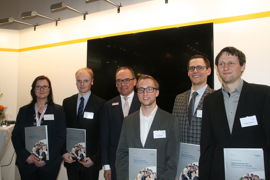 Caption: Chairman of the Walter Reiners-Stiftung (Foundation) and the award-winners (f.l.t.r.): Sennewald, Fischer, Dornier, Völkel, Neuwerk, Kempert.