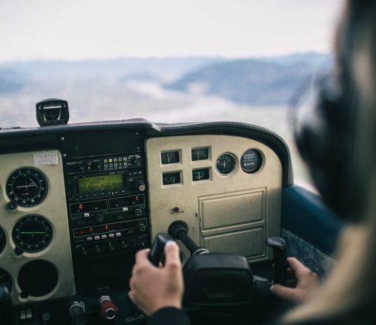 tekstylia badające poziom stresu u pilotów