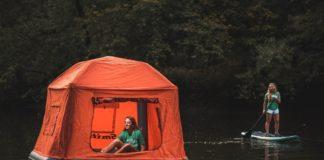 namiot na wodzie