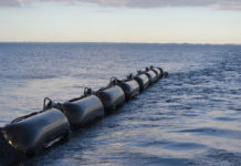 floating oil barriers